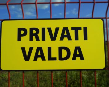Privati valda lentelė 400x200
